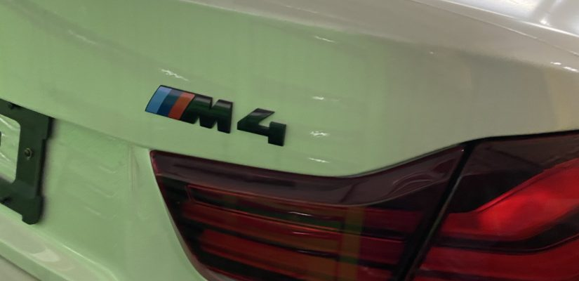 2020 BMW M4 spoiler and side rocker lips installation