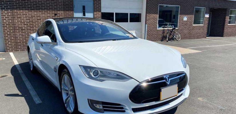 2014 Tesla Model S60 repaint