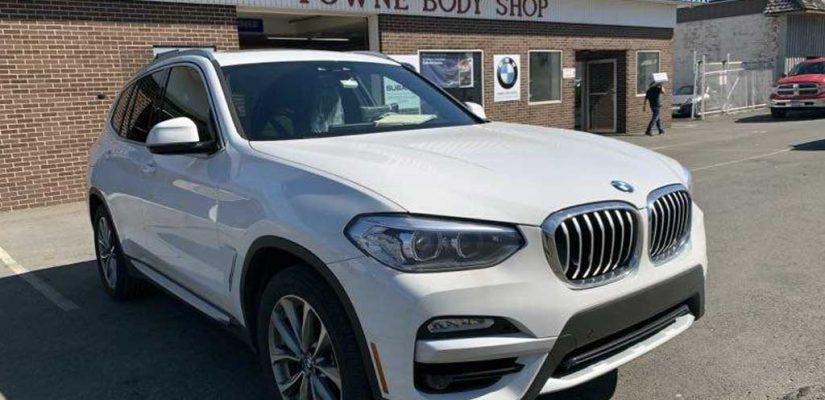 2019 BMW X3 xDrive 30i white rear damage repair